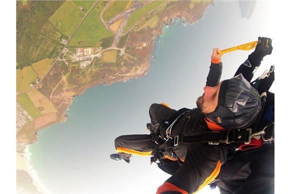 skydiver upside down