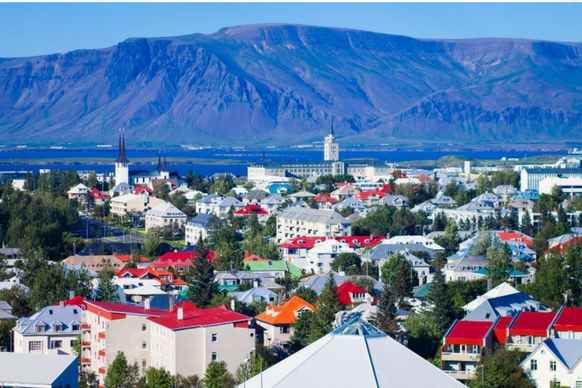 Iceland red roofs