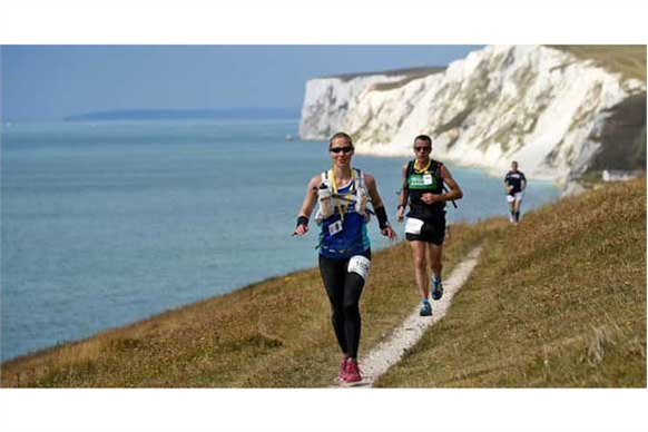 Runners in Isle of Wight event