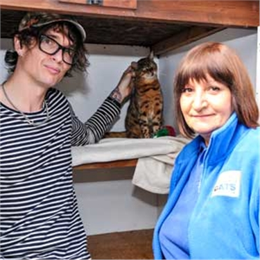 The Darkness singer Justin Hawkins reunited with missing cat after three years - thanks to her microchip