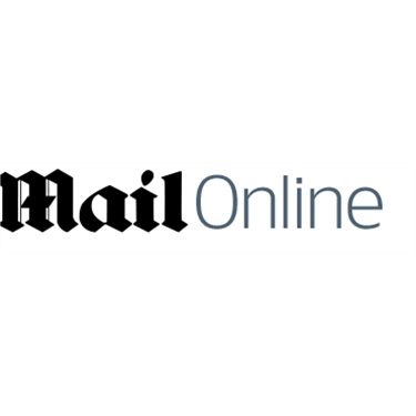 Dailymail.co.uk - 5 Oct 2015 - Hounded Out!
