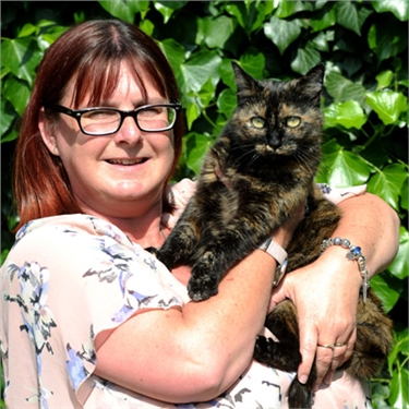 Fire rescue cat Tink wins National Cat of the Year 2016