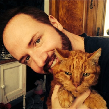 Gogglebox star Chris Steed helps to launch service to help grieving cat owners