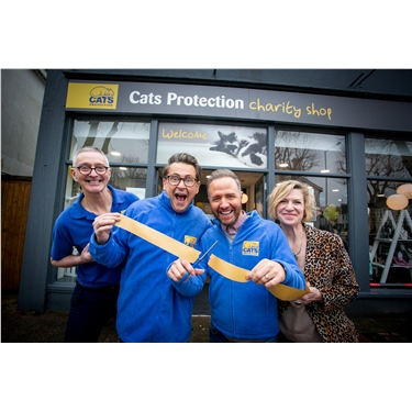 Gogglebox stars open Cats Protection