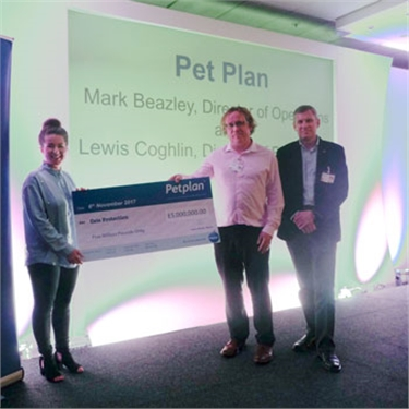 Petplan celebrates £5 million commission for Cats Protection