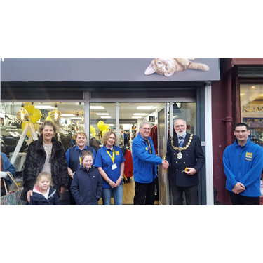 North Wirral Cats Protection Open New Store In West Kirby!
