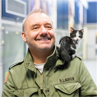 TV star Bob Mortimer meets unwanted cats looking for homes in time for Valentine