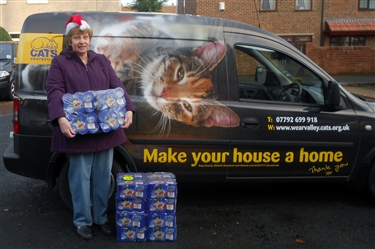Supporter donates competition winnings in cat food