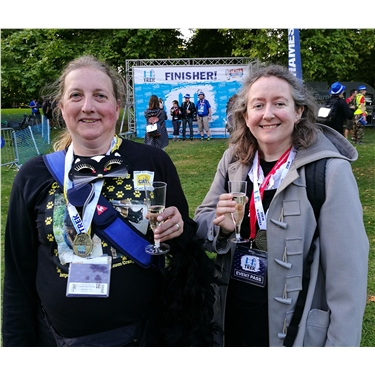 Crazy Cat Ladies complete the Thames Bridges Challenge!